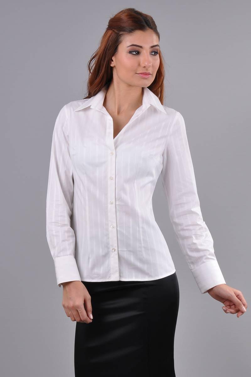 Moda bayan gömlekler